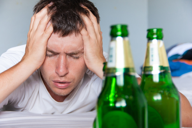 7 Signs You Have a Drinking Problem: Identifying Alcoholism in Yourself